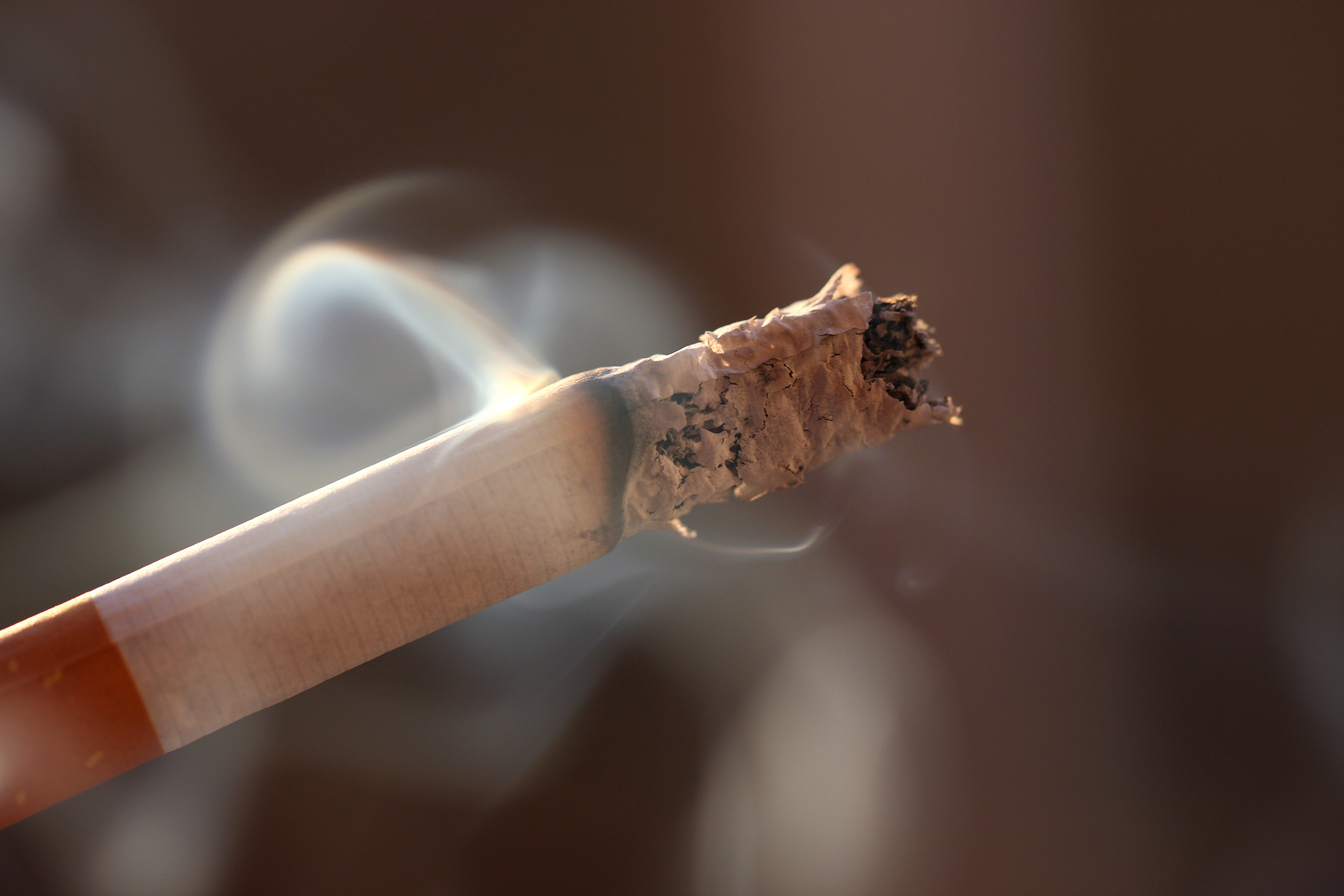 Fibromyalgia Patients Who Smoke Do So to Deal with Pain
