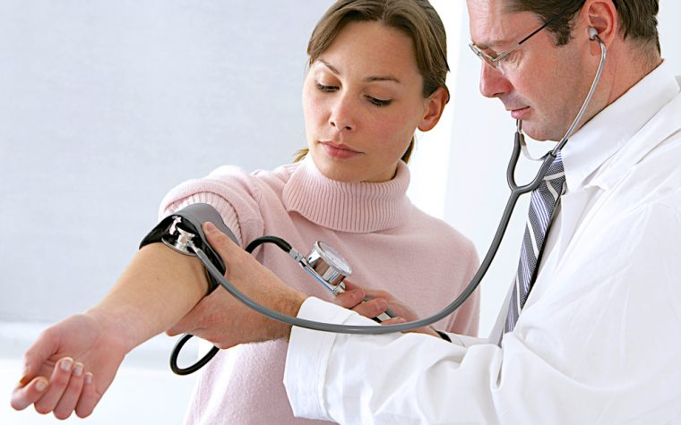Blood Pressure of Fibromyalgia Patients While Standing Linked to Quality of Life, Study Suggests
